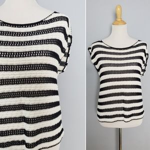 Alice + Olivia Sleeveless B&W Knitted Top Medium